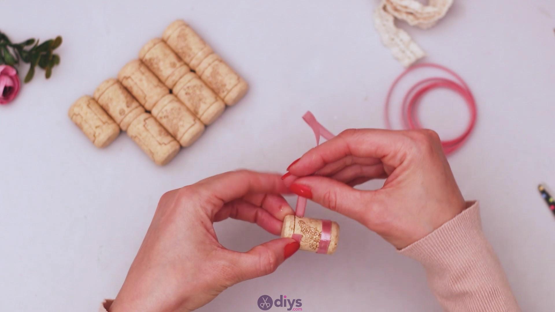 Wine cork soap rack (7)