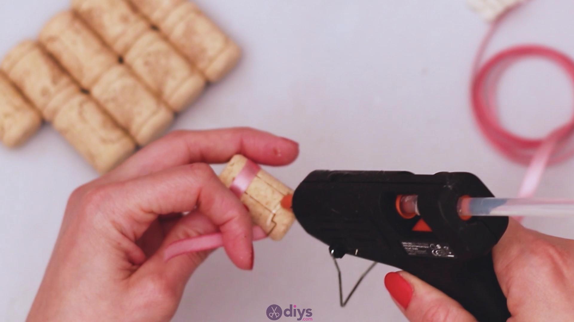 Wine cork soap rack (9)