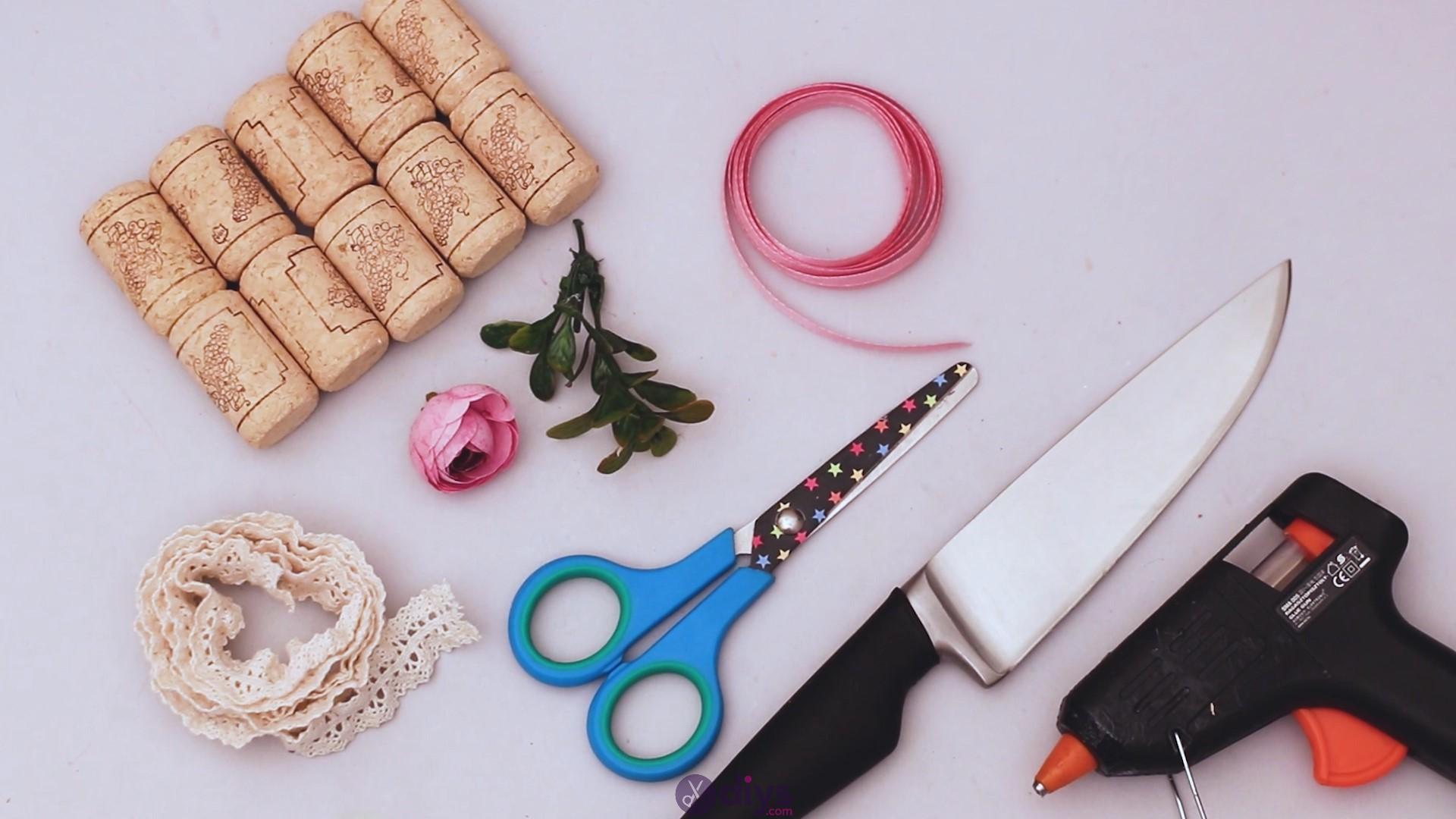 Wine cork soap rack materials