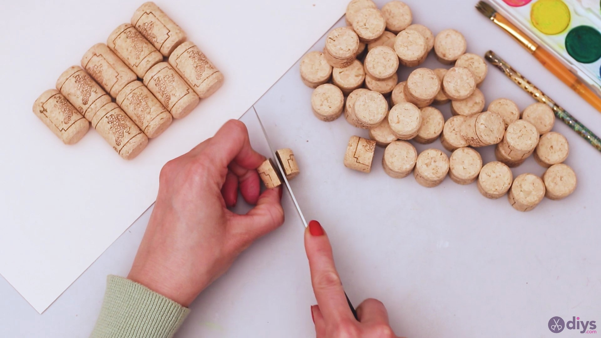 Wine cork wine glass decor (5)