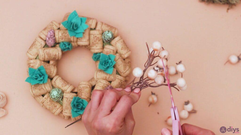Wine cork wreath (38)