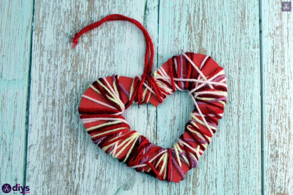 Yarn wrapped paper hearts