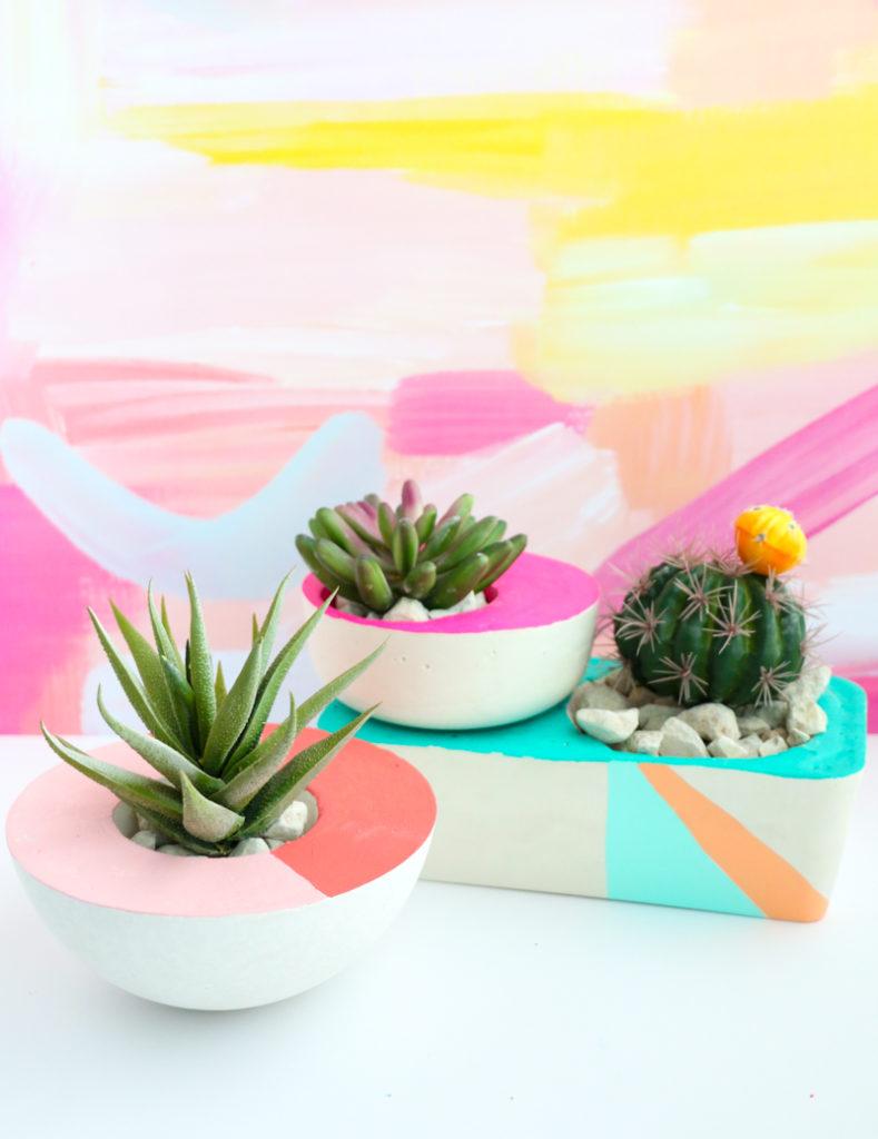 Asymmetrical planter