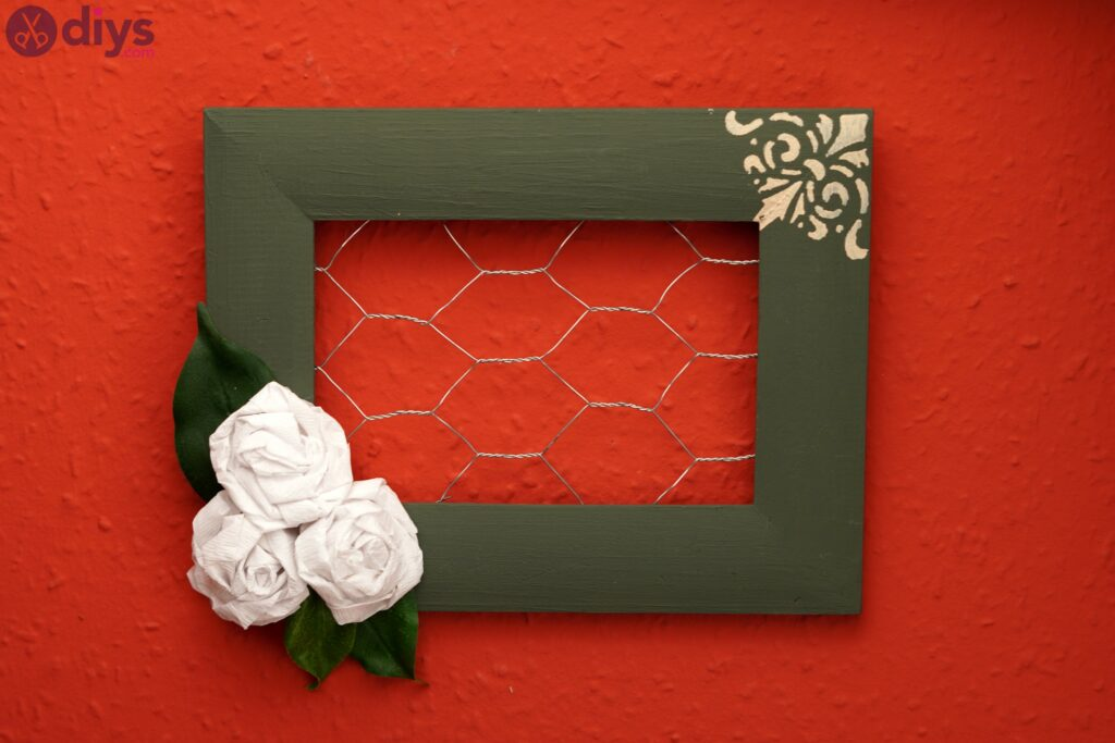 Chicken wire frame photos (6)