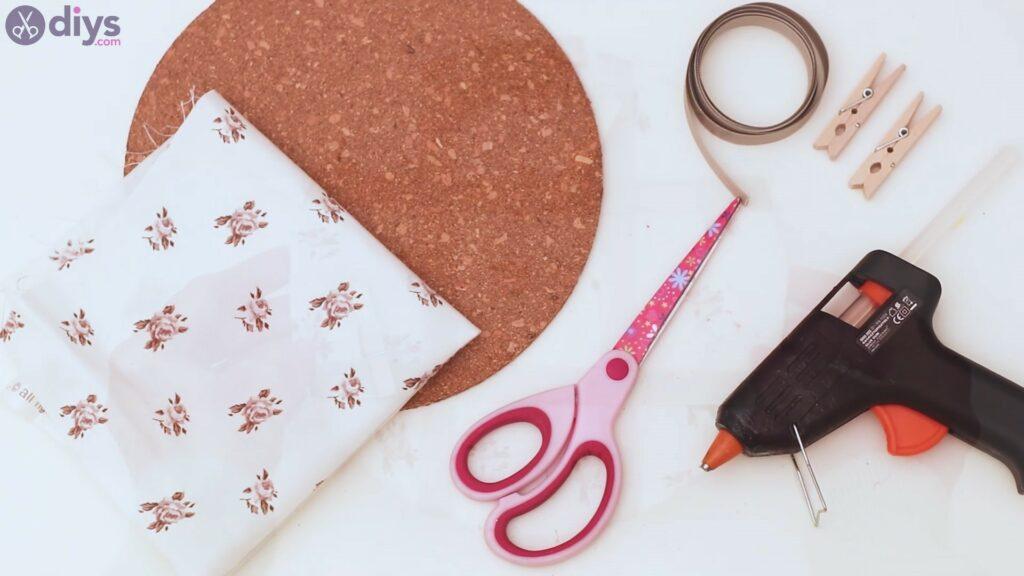 Clothespin memo board materials