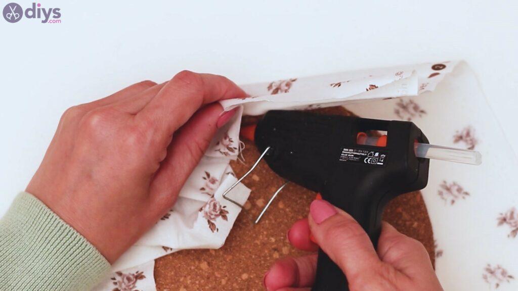Clothespin memo board steps (4)