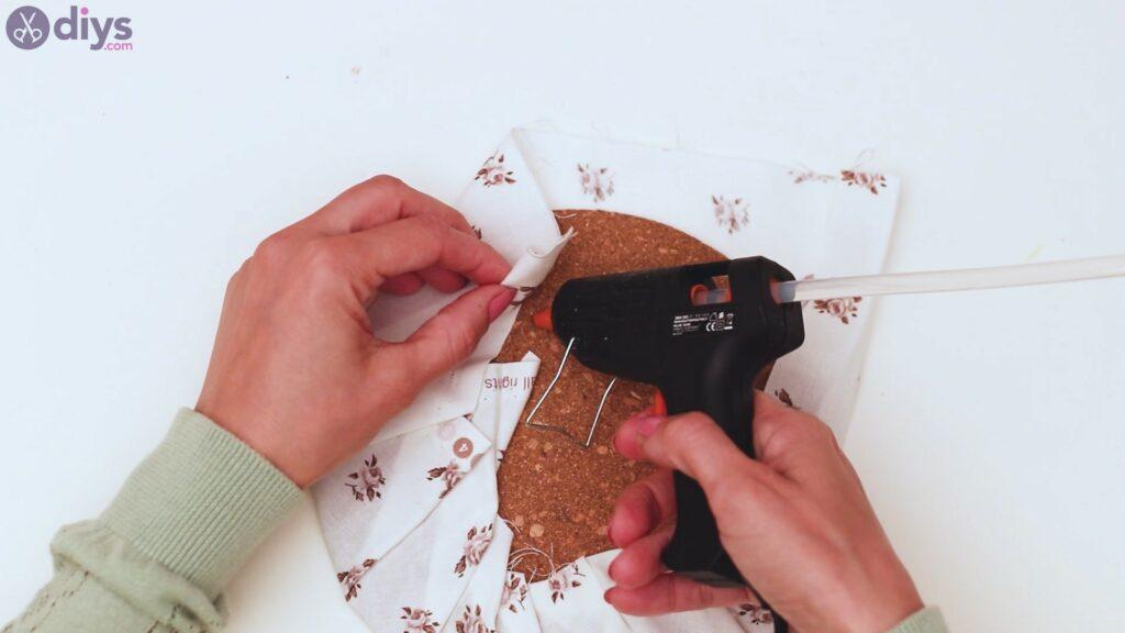 Clothespin memo board steps (6)