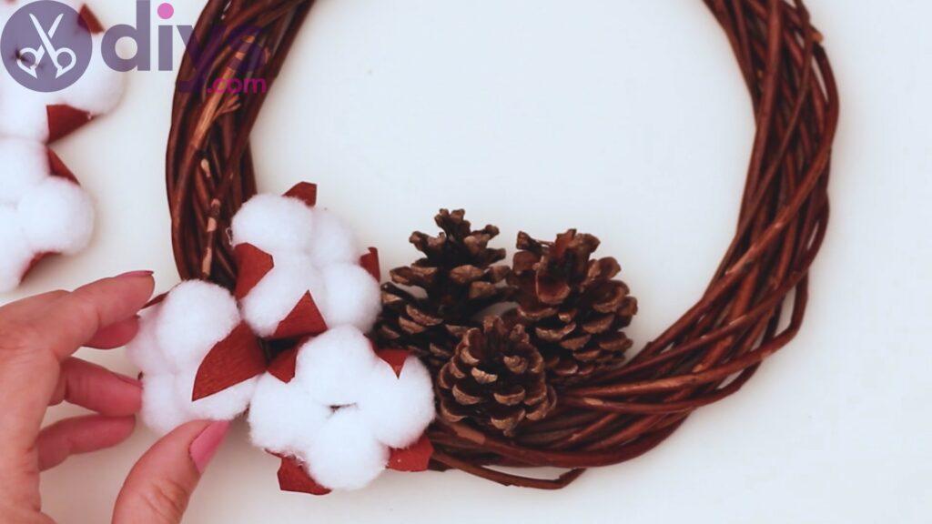 Cotton flower wreath steps (26)