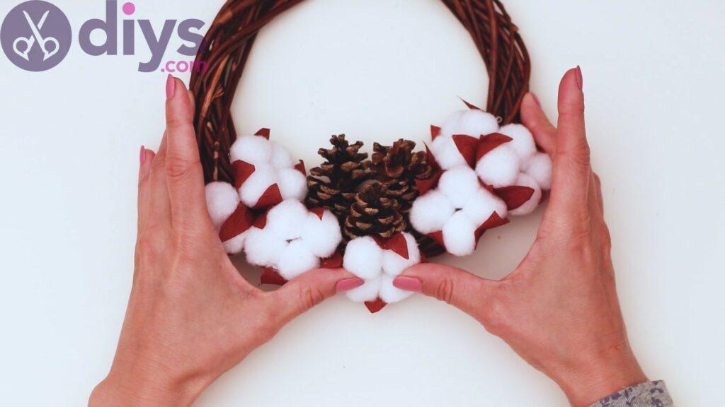 Cotton flower wreath steps (29)