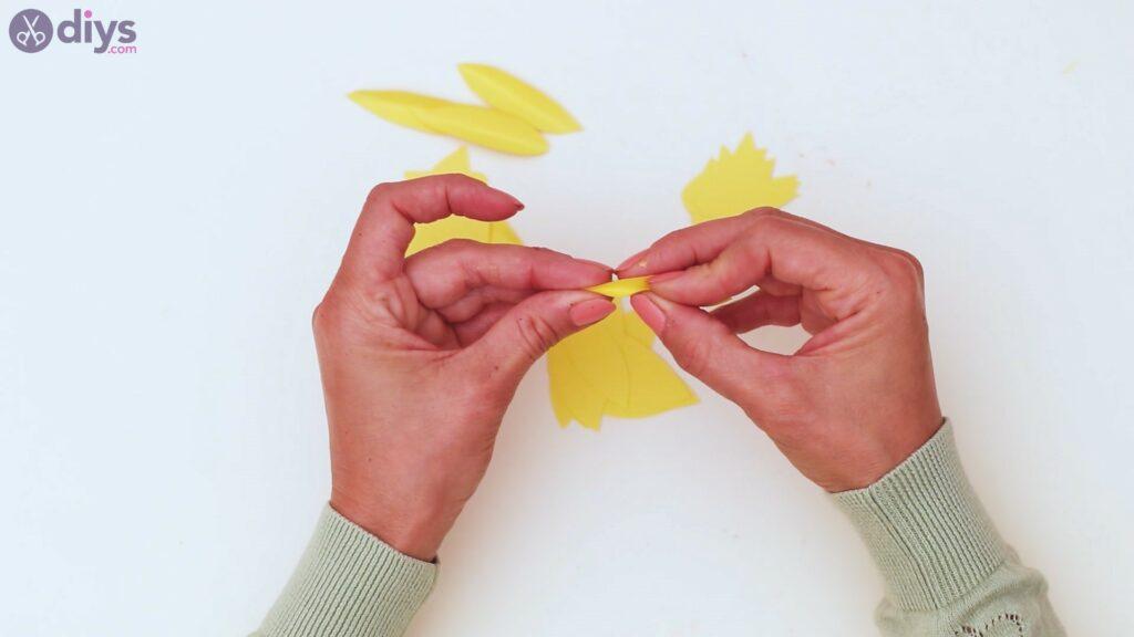 Fall sunflower wall art steps (20)
