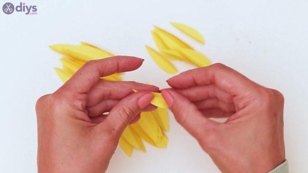 Fall sunflower wall art steps (21)