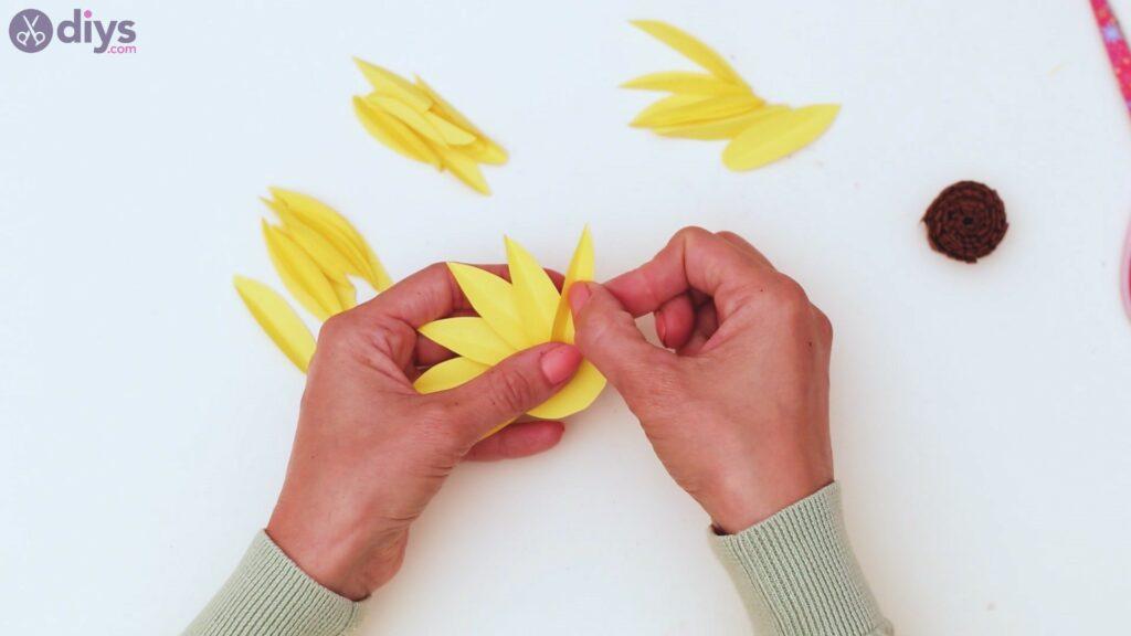 Fall sunflower wall art steps (41)