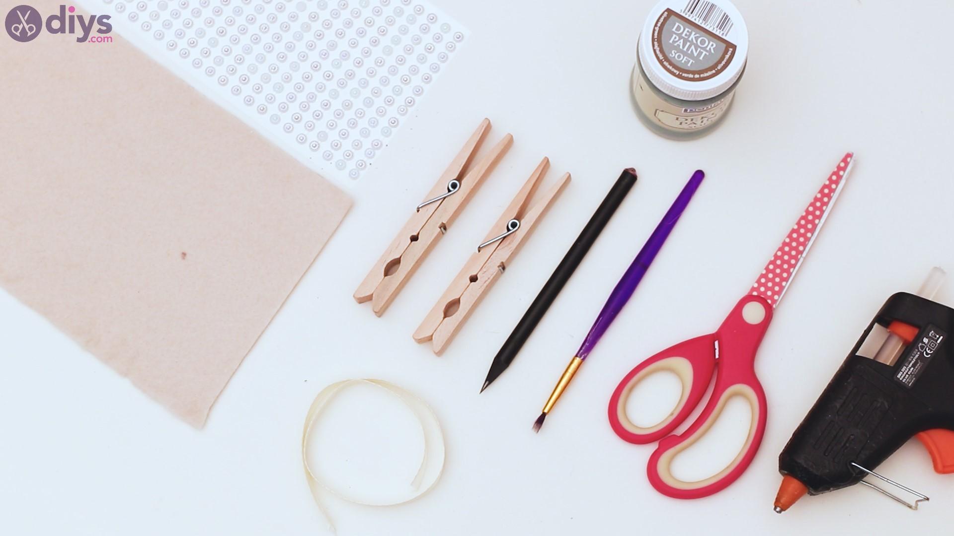 Felt card holder materials
