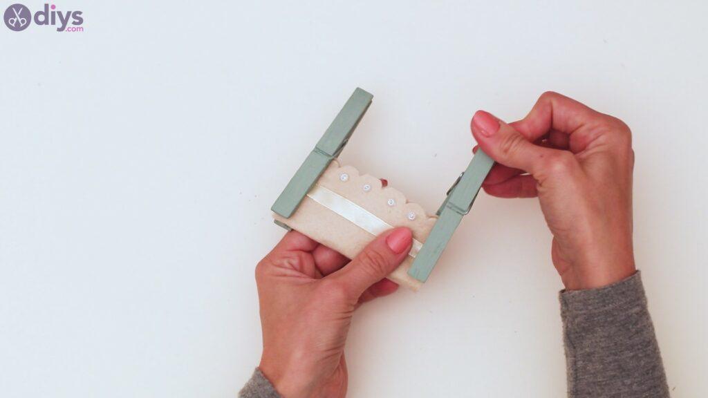 Felt card holder steps (25)