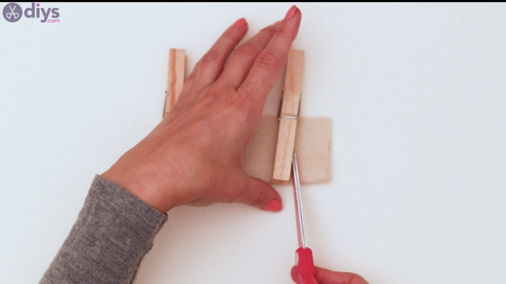 Felt card holder steps (3)