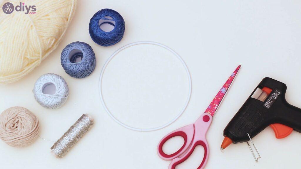 Hoop and yarn wall hanging materials