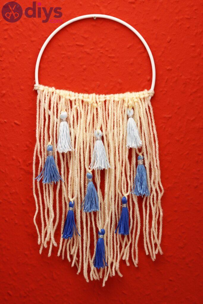 Hoop and yarn wall hanging photos (5)