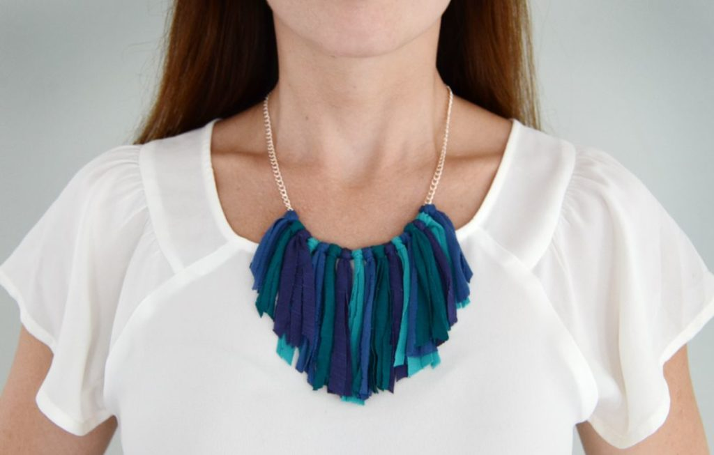 Knotted fringe statement necklace