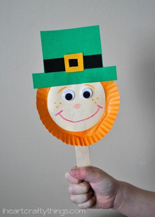 Leprechaun stick puppet