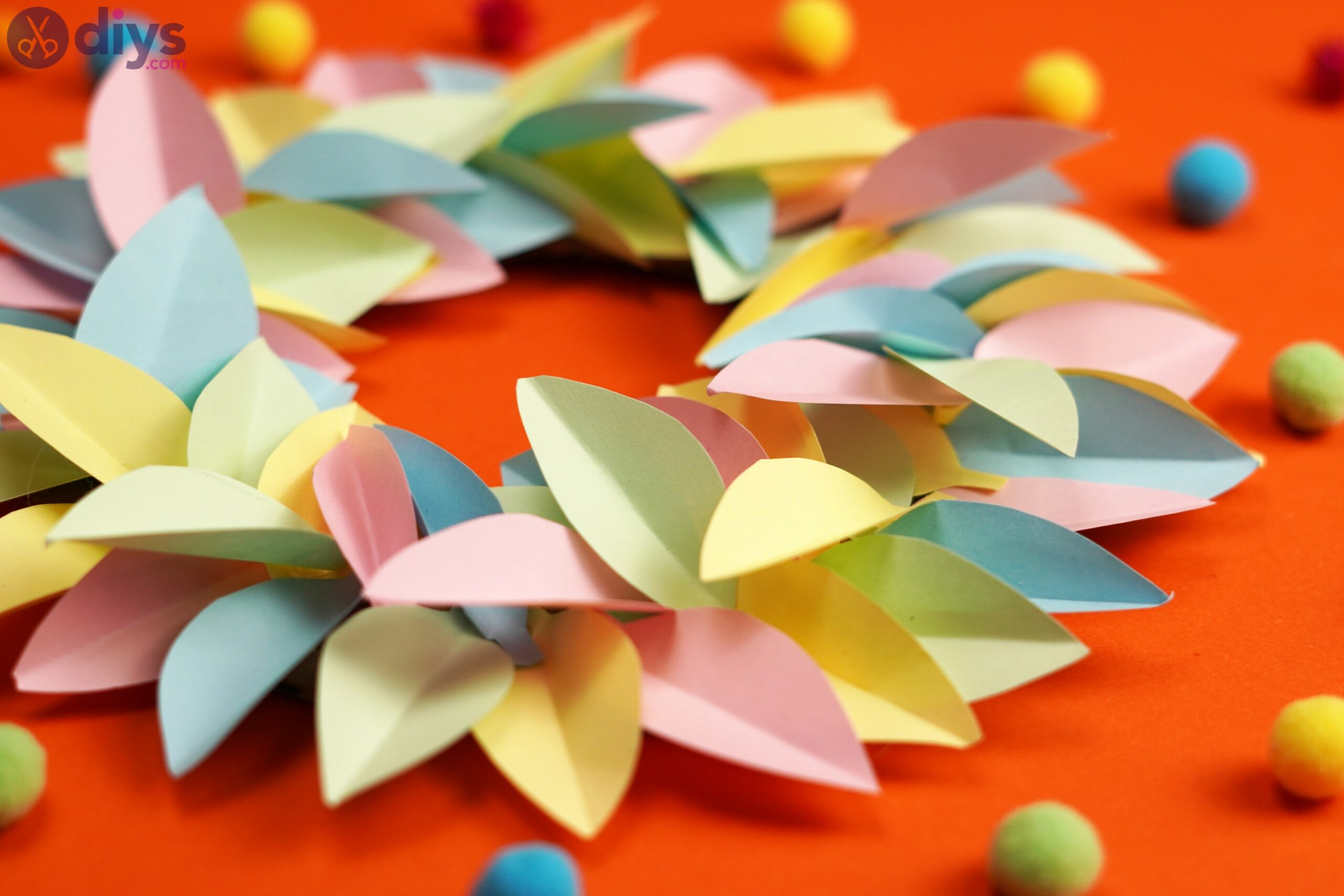 Paper flower wreath (5)