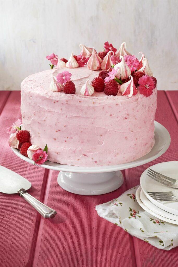 Raspberry pink velvet cake