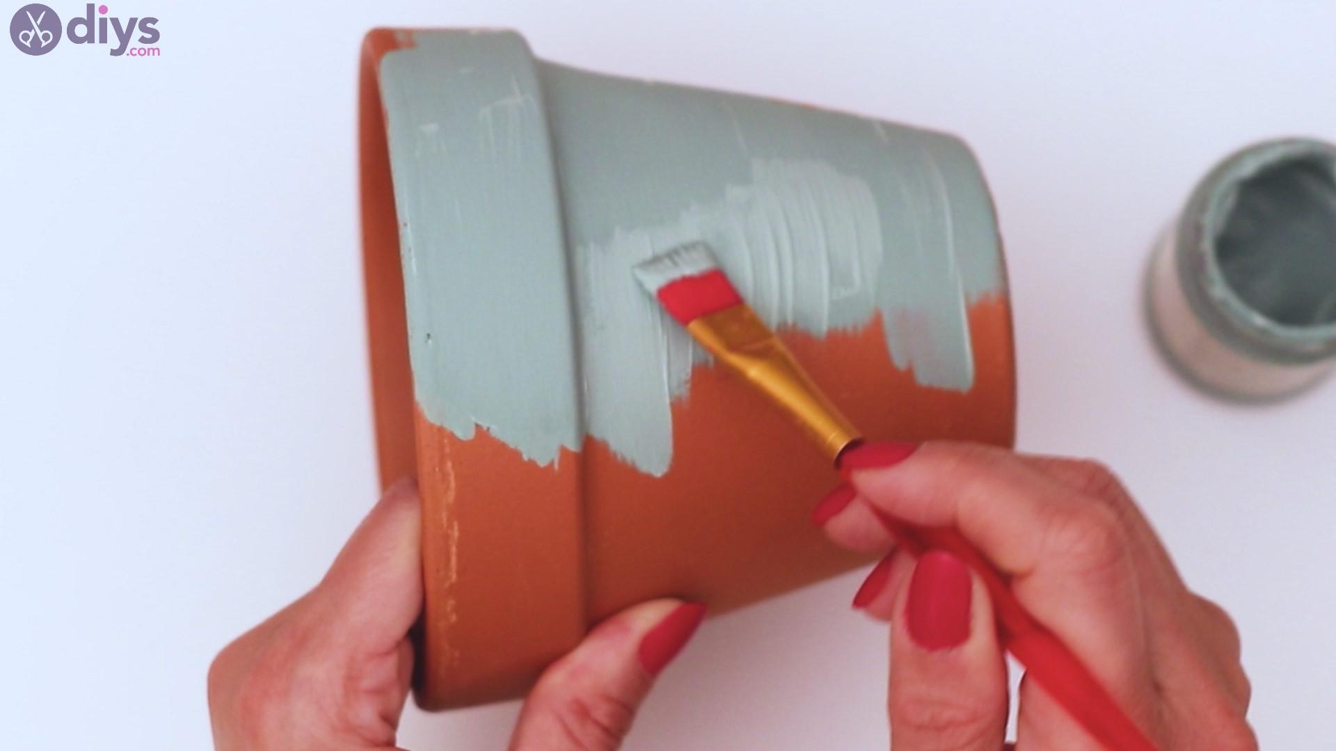 Rustic painted pot steps (3)