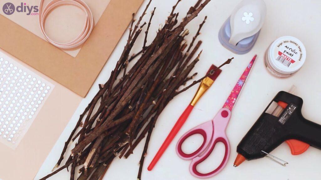 Rustic twig frame materials