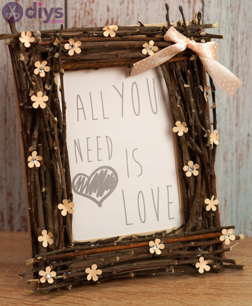 DIY Rustic Twig Frame – The Perfect Gift for Someone You Love
