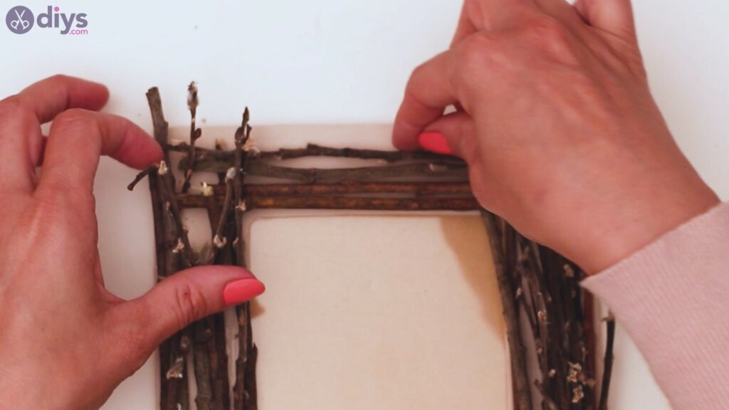 Rustic twig frame steps (17)