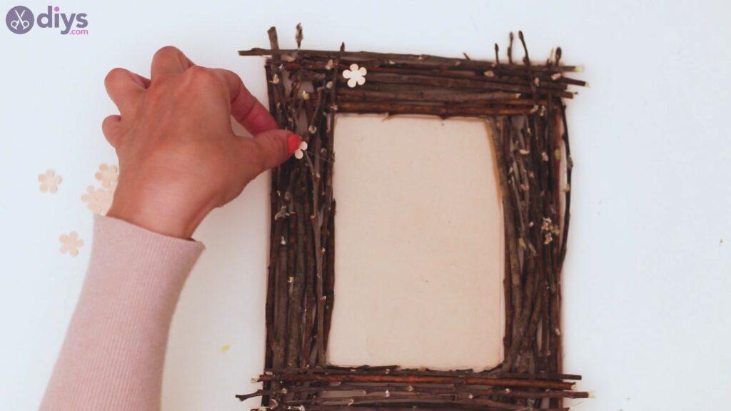 Rustic twig frame steps (21)