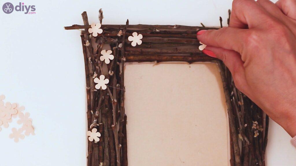 Rustic twig frame steps (22)
