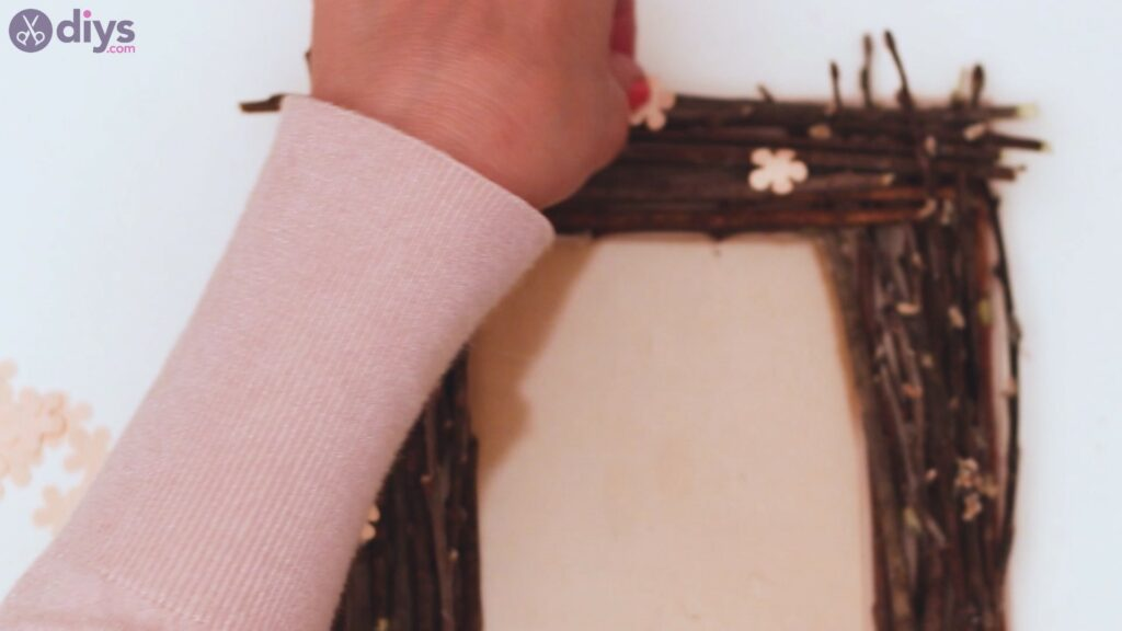 Rustic twig frame steps (23)