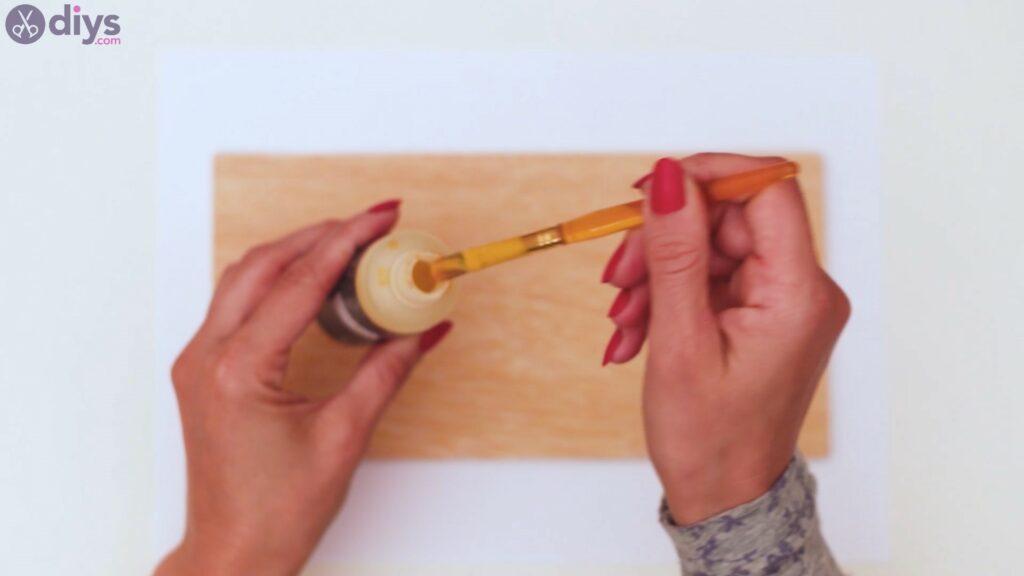 Rustic wooden memo board steps (1)