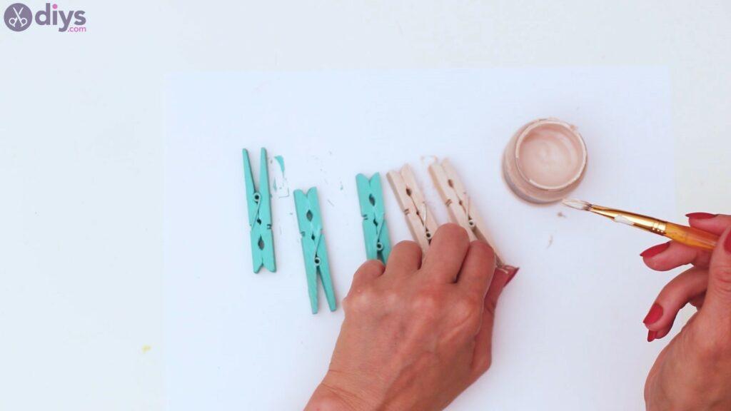 Rustic wooden memo board steps (13)