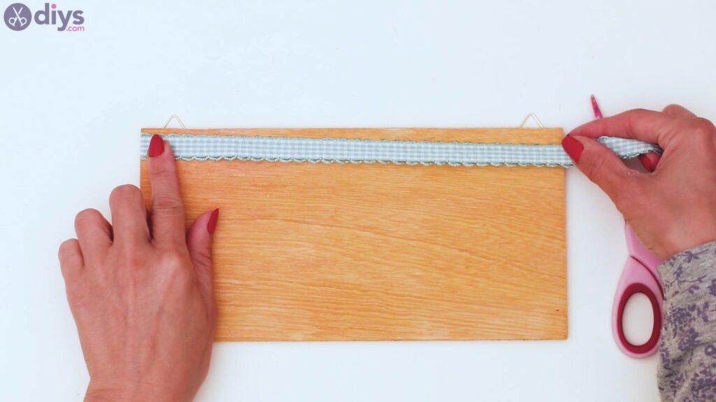 Rustic wooden memo board steps (17)