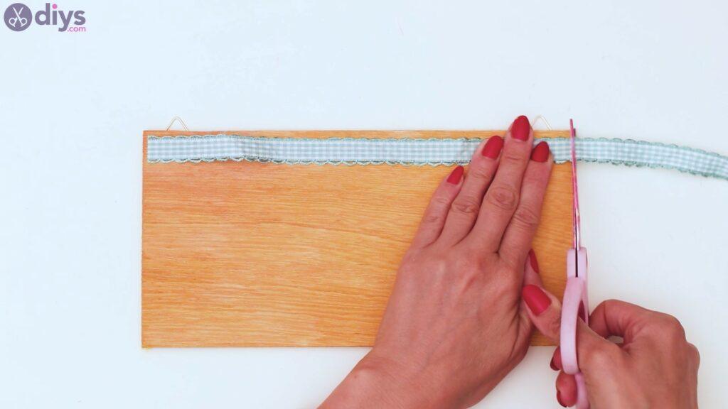 Rustic wooden memo board steps (18)
