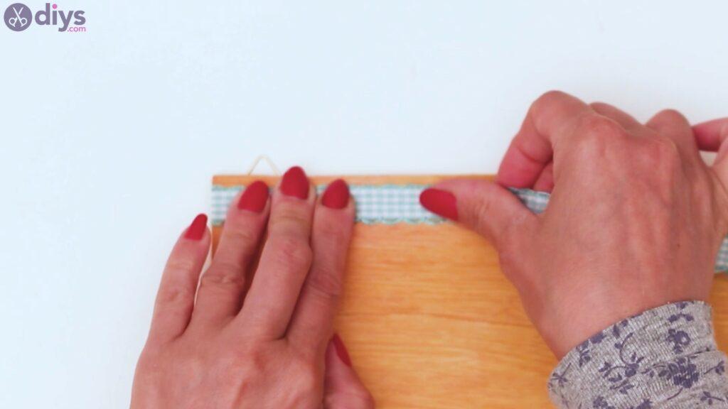 Rustic wooden memo board steps (20)
