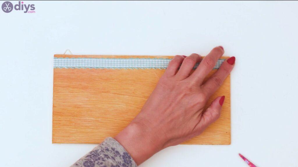 Rustic wooden memo board steps (24)