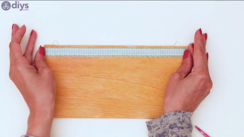 Rustic wooden memo board steps (25)