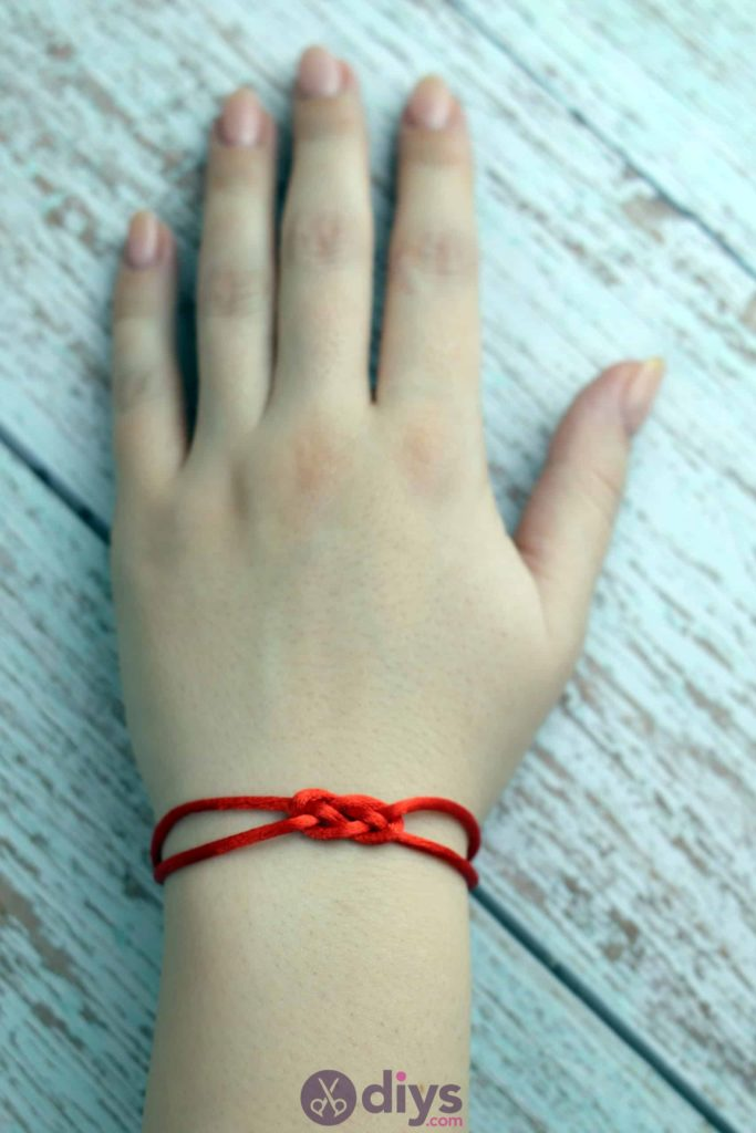 Simple knotted bracelet