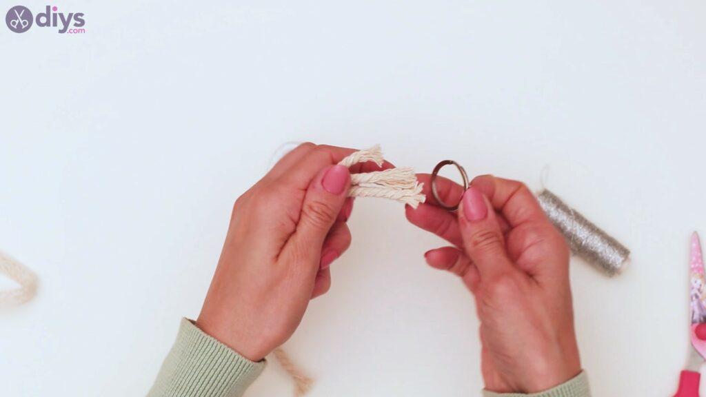 Textile keyring steps (28)