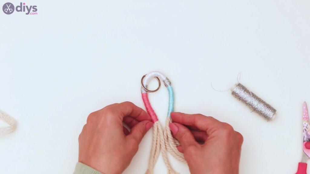 Textile keyring steps (29)