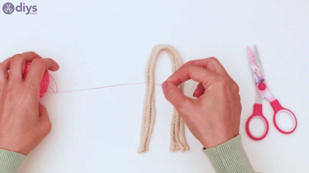Textile keyring steps (5)