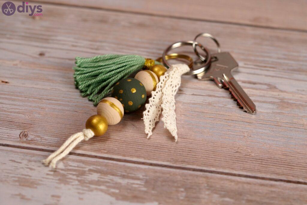 Wooden bead key chain photos (4)
