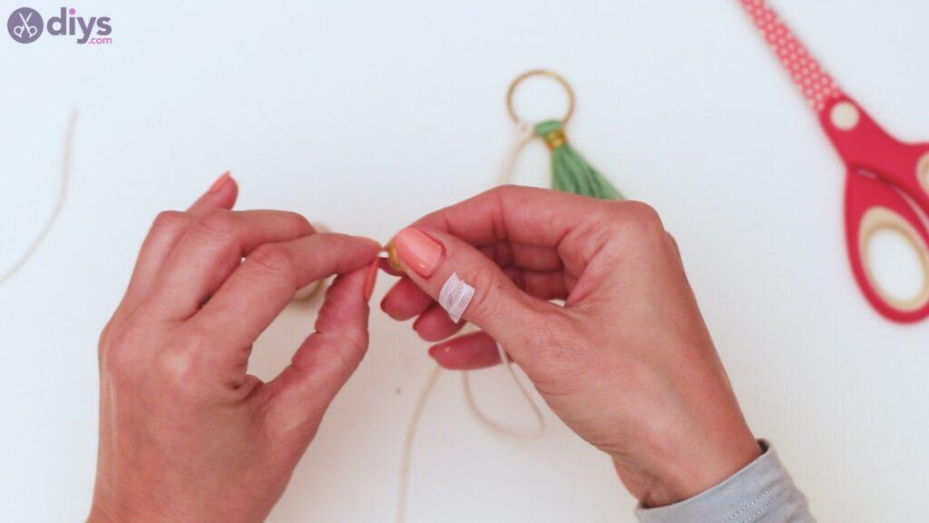 Wooden bead key chain steps (28)