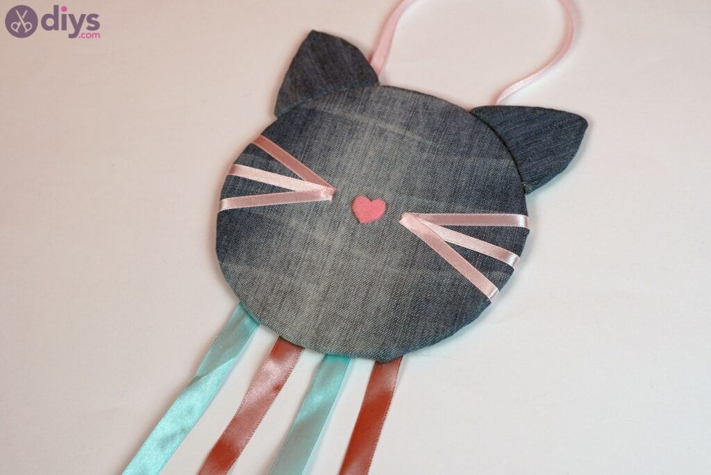 Cat face hair clip holder
