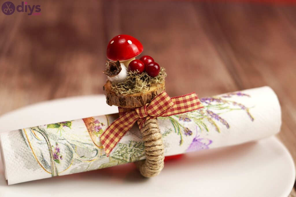 Woodland napkin ring photos (3)