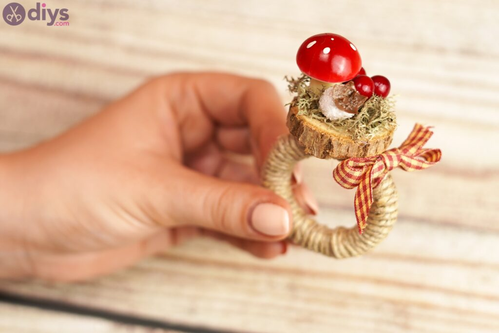 Woodland napkin ring photos (6)