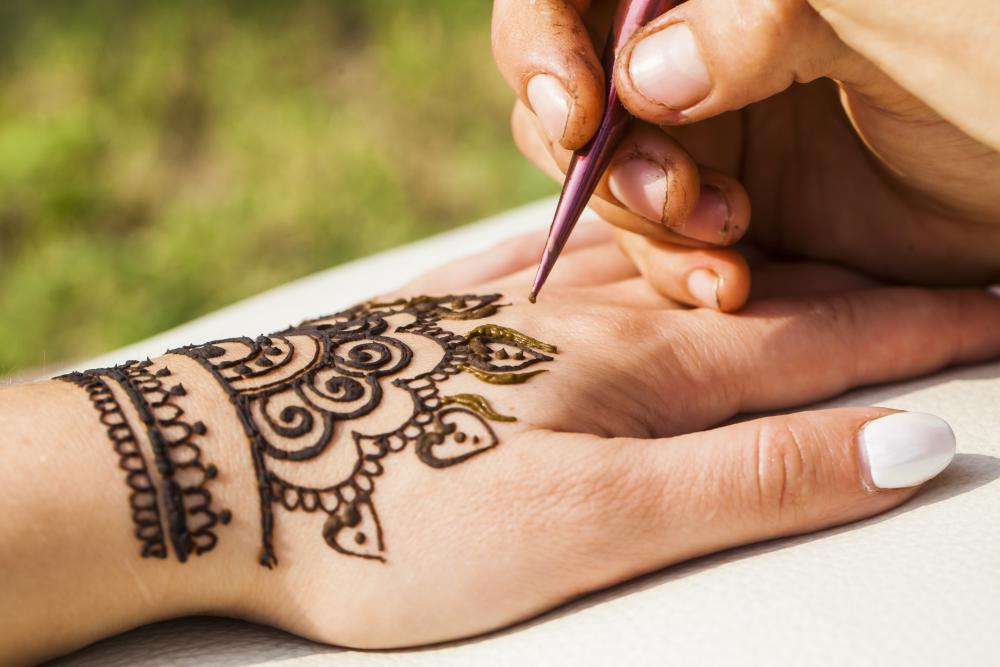 Henna hand tattoo lacework
