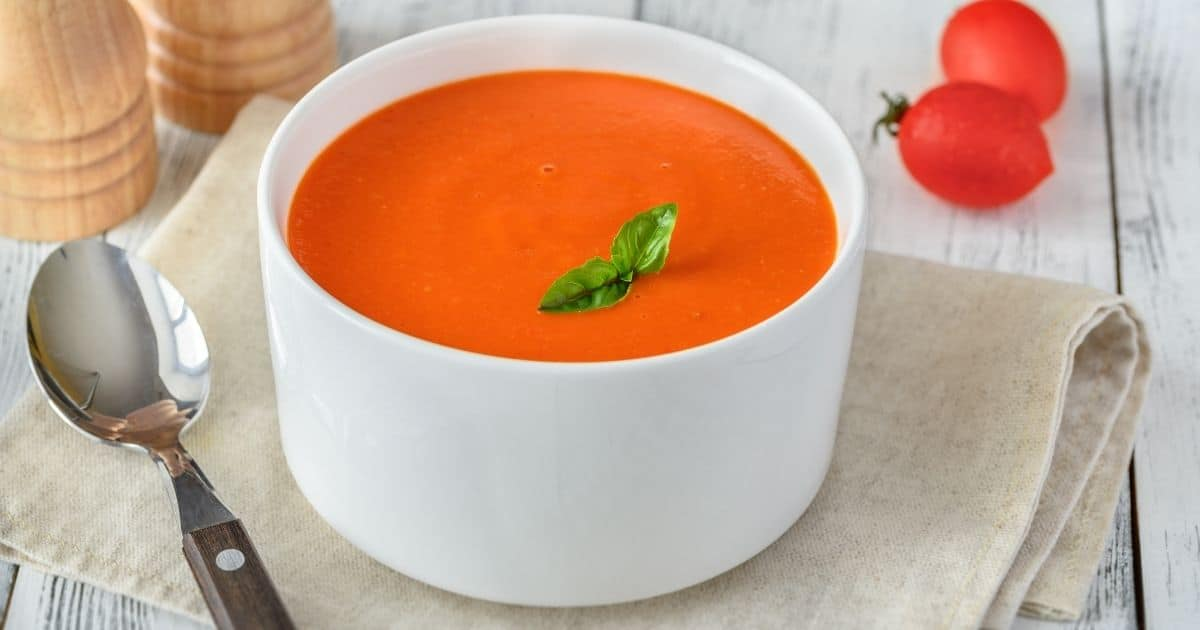 A picture of a tomato soup